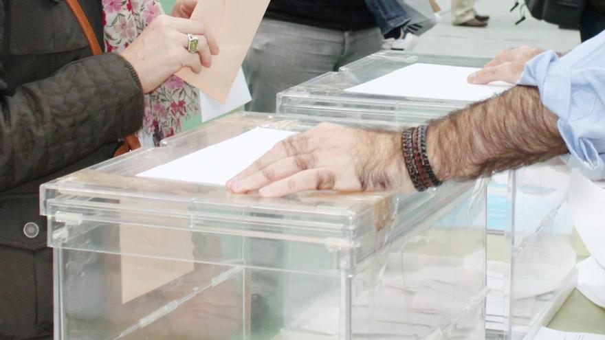 La participación en Castilla-La Mancha cae hasta el 53,32% a las 18.00 horas, dos puntos menos que en 2015