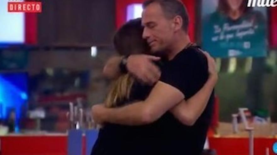 Laura y Carlos, finalistas de 'GH VIP' con ella vencedora (58,7%) según la votación actual