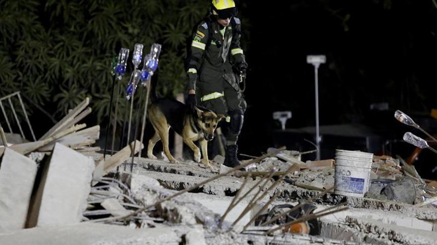 El número de muertos por derrumbe en un edificio en Cartagena de Indias asciende a diez