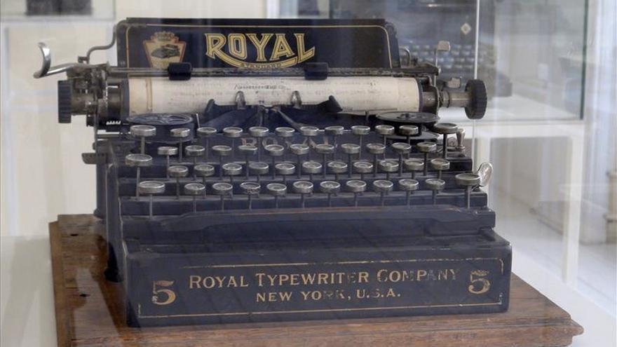 Una exposición reivindica la magia de las máquinas de escribir en la era digital