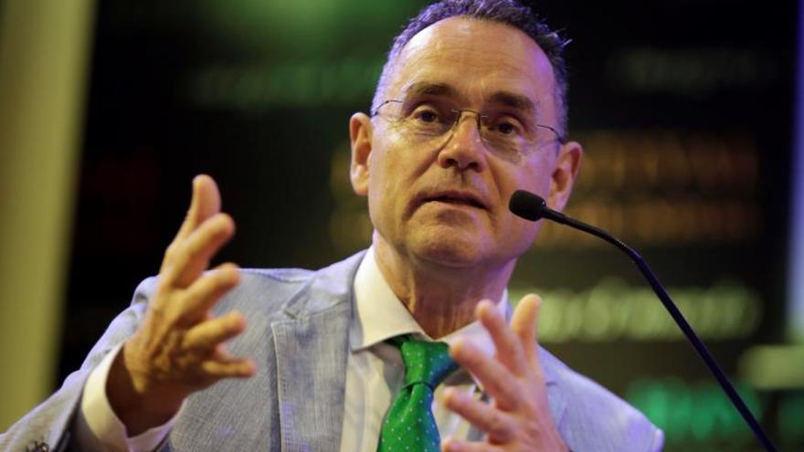 Dejan de imprimir en el Reino Unido un libro de Pedro Baños, acusado de antisemitismo