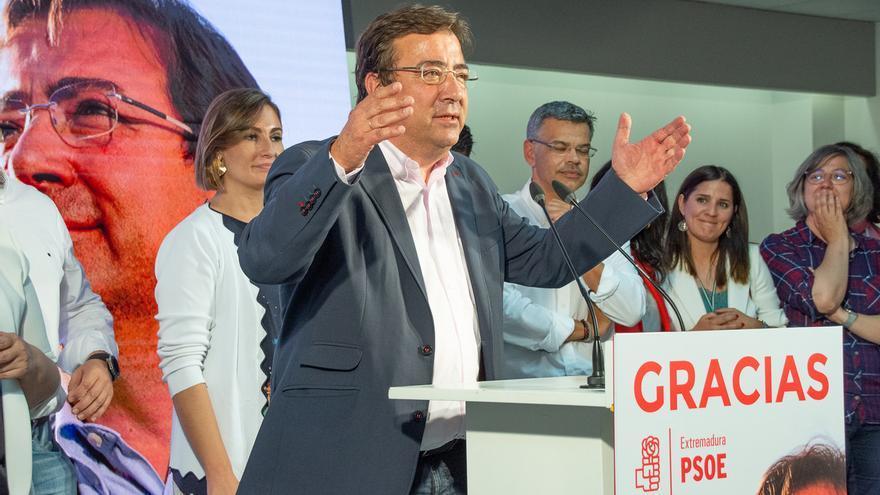 El PSOE consigue la mayoría absoluta 12 años después en Extremadura y Badajoz y Cáceres quedan en el aire