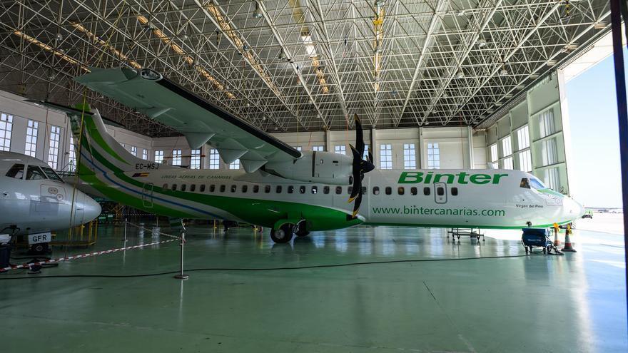 El nuevo avión ATR 72-600 de Binter presentado este martes.