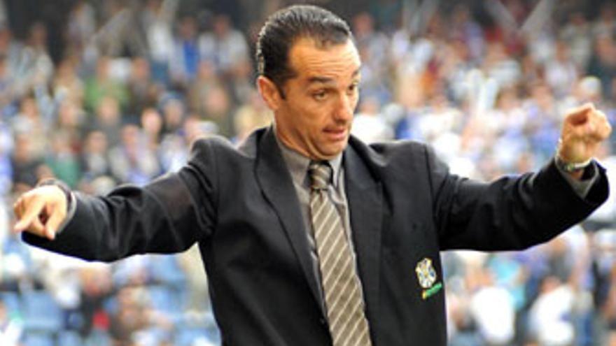José Luis Oltra, entranador del CD Tenerife. (ACFI PRESS)