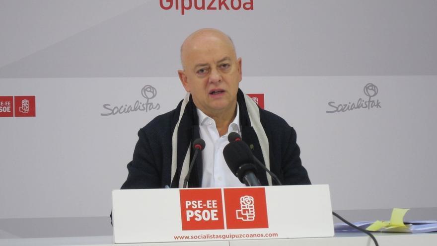 """Elorza lamenta """"la crisis interna"""" del PSOE y pide unidad en torno a Sánchez para buscar Gobierno alternativo al del PP"""