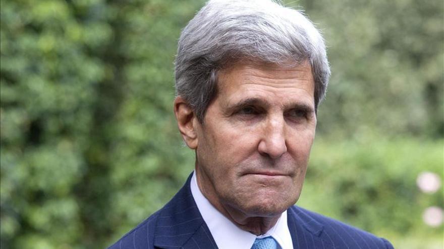 Kerry visita Egipto, la primera de un alto cargo de EEUU tras  caer Mursi
