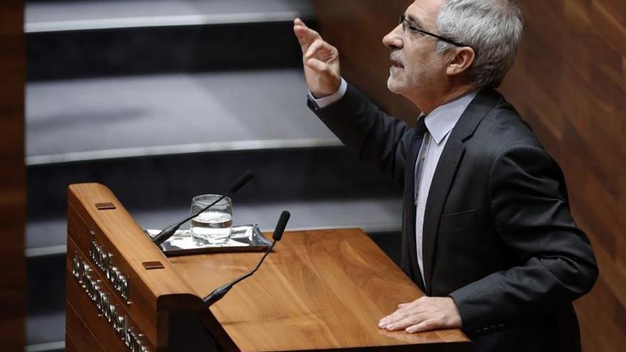 Llamazares cree que en Asturias se darán bases para reconstruir la izquierda