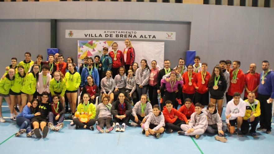 Participante en  la 'IV Prueba del Circuito Regional de Canarias (Crec) de Bádminton' celebrada en el Pabellón Municipal de San Pedro (Breña Alta) .