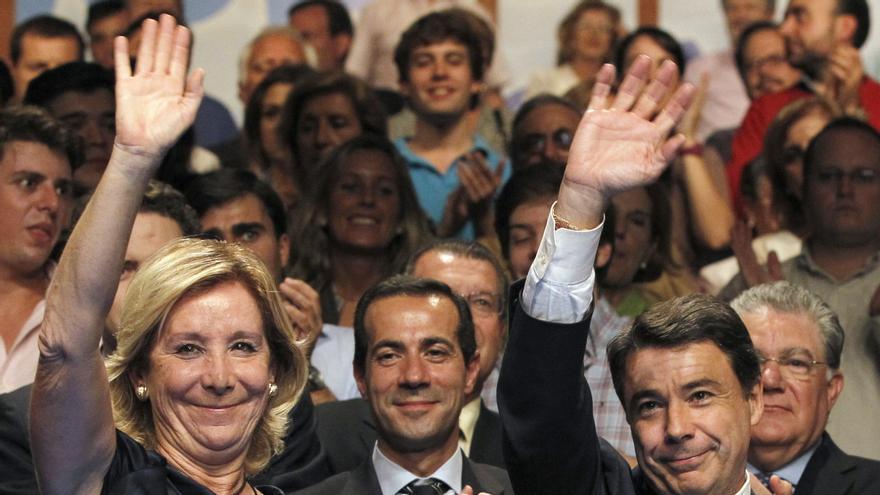 Aguirre le dice a un afiliado que ni se ha muerto ni retirado de la política