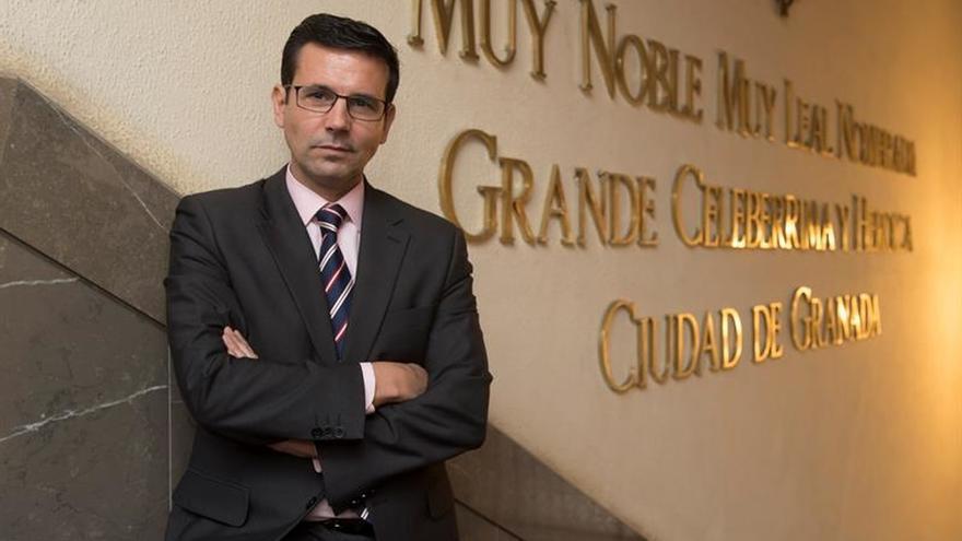 """Declaran """"huésped de honor"""" de Buenos Aires al alcalde de Granada"""