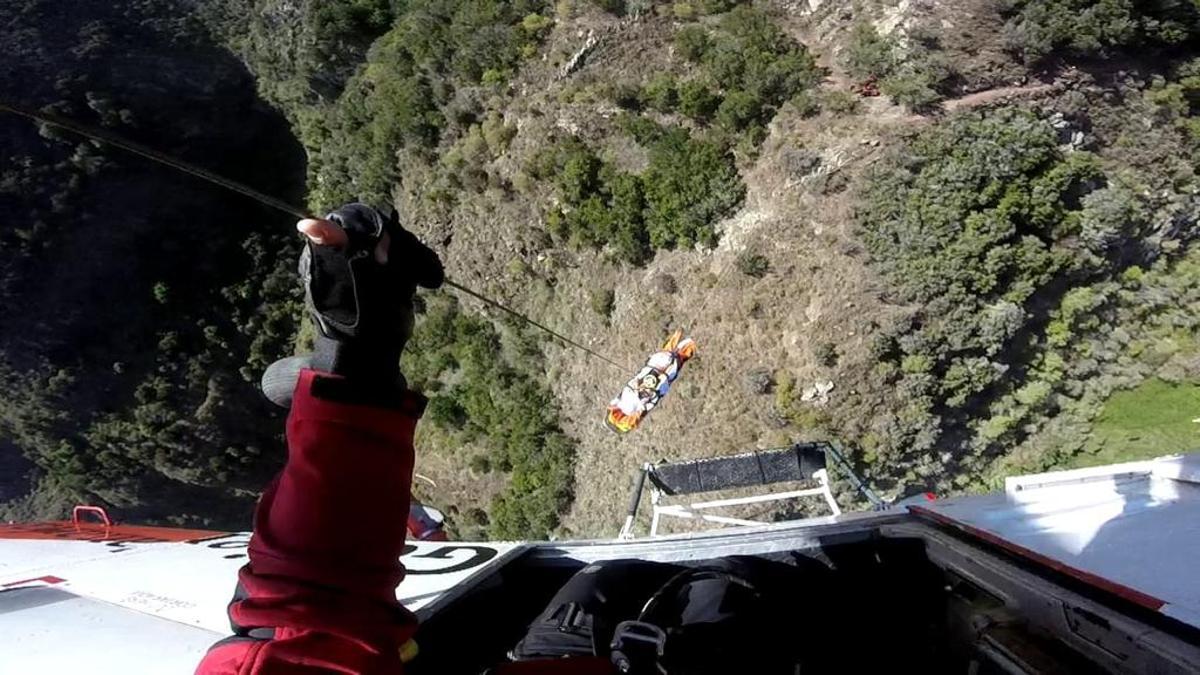 Rescate de una senderista en Los Domajos, Tenerife