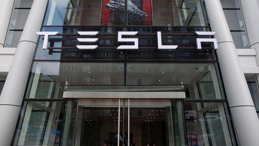 Logotipo de Tesla.