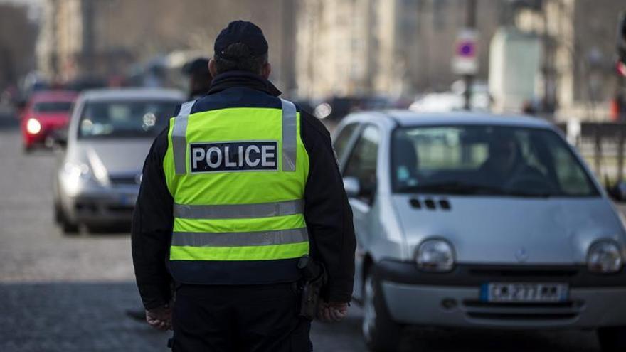 París prohíbe mañana circular a las matrículas pares tras un día sin impares