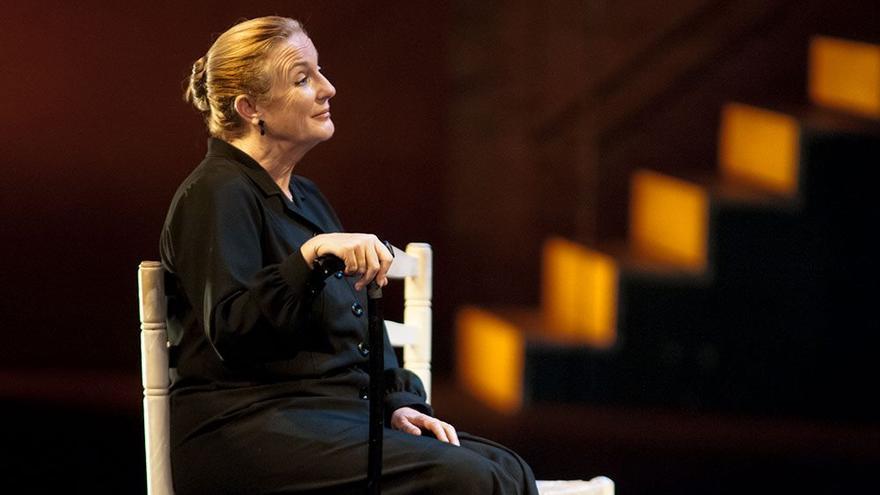 Lola Escribano en 'La casa de Bernarda Alba' de Alquibla Teatro/ Rafa Márquez
