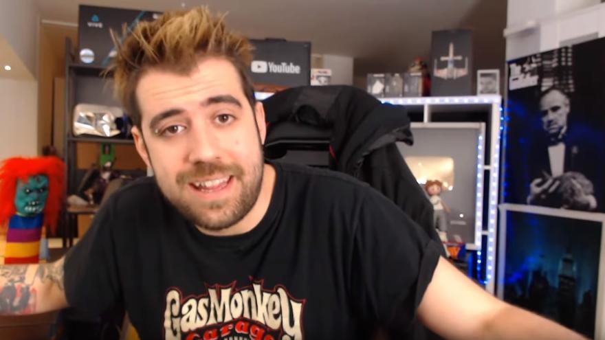 Captura de pantalla de un vídeo del youtuber AuronPlay.