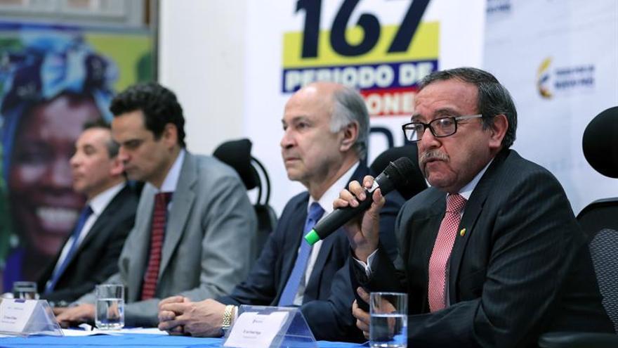 """La CIDH lamenta que la Constitución """"se haya ido de vacaciones"""" en Ecuador"""