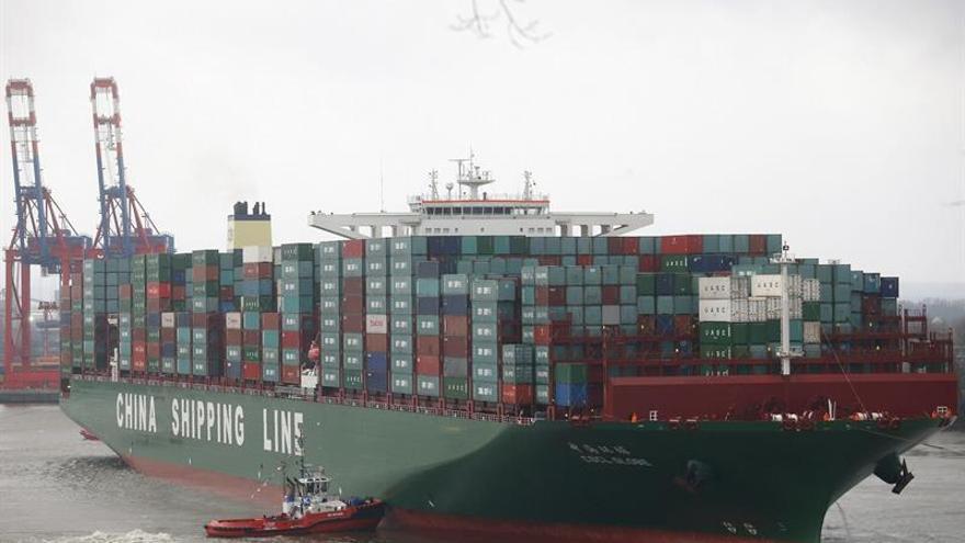 Las exportaciones de China bajan 2,1 % hasta junio y las importaciones, un 4,7 por ciento