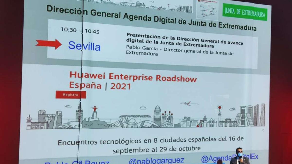 El director general de Agenda Digital, Pablo García, durante su intervención en el Huawei Entreprise Roadshow.