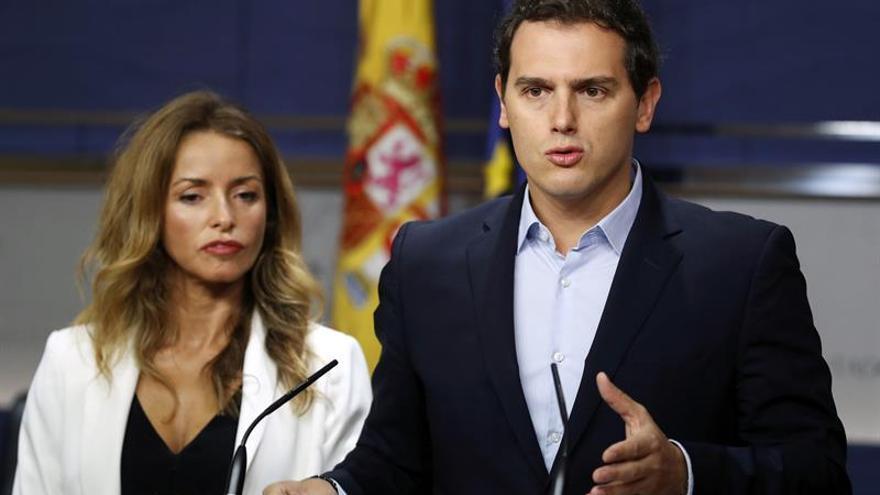 Rivera pide al Gobierno bajar el IRPF para apoyar el techo de gasto de 2018