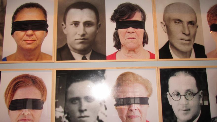 En la imagen, montaje fotografíco de desaparecidos y sus familiares en la Casa Salazar. Foto: LUZ RODRÍGUEZ