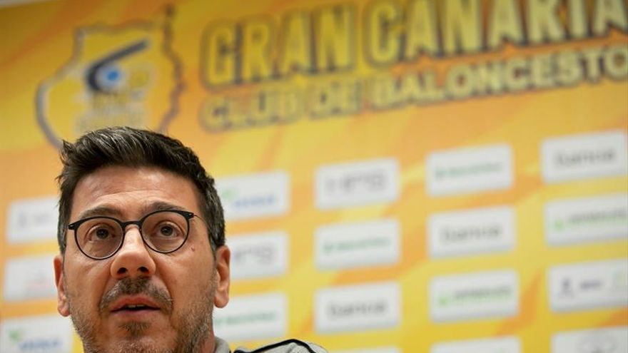 Fotis Katsikaris durante la rueda de prensa previa al Herbalife-Zaragoza de este jueves.