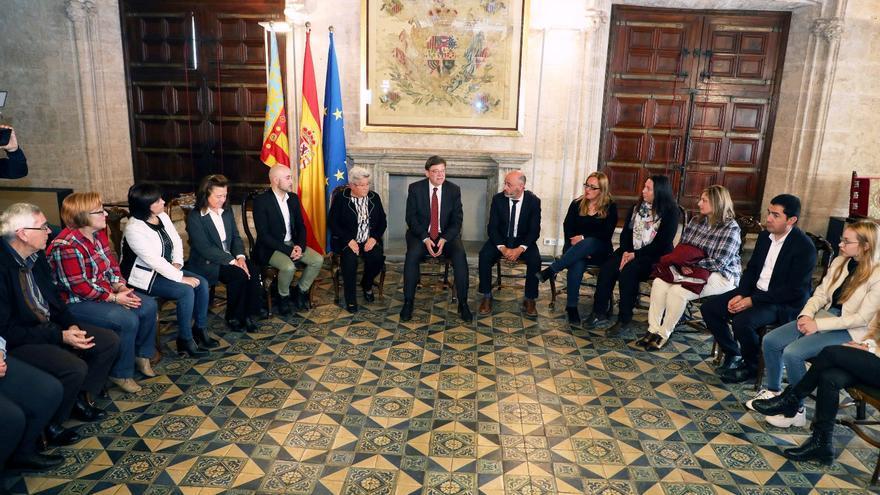 El president Ximo Puig reunido con las afectadas de Ardystil.