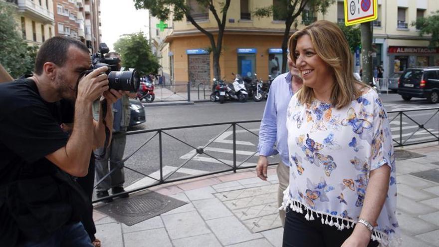 Díaz dice que no ha cambiado su opinión tras una breve reunión con Sánchez
