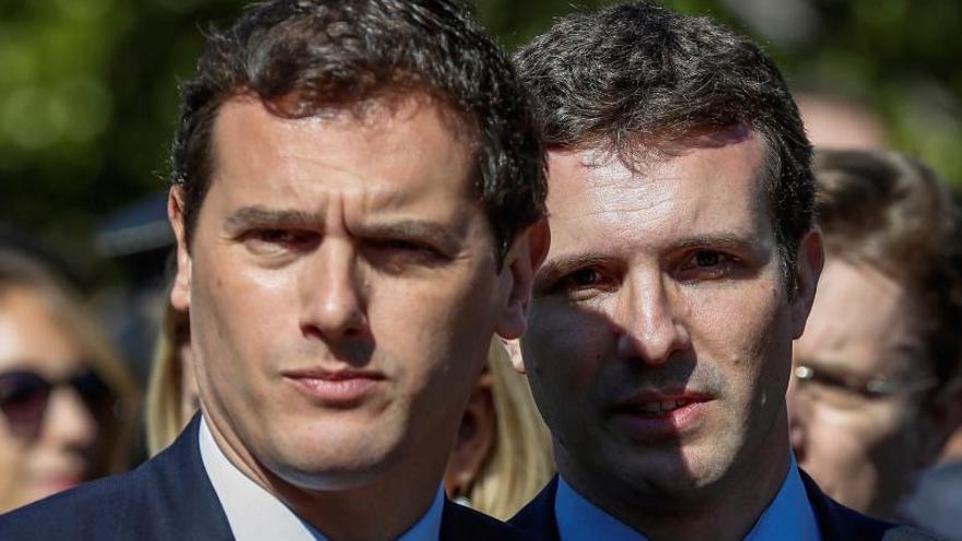 """Casado reclama que las víctimas merecen saber """"toda la verdad"""" sobre el 11M"""