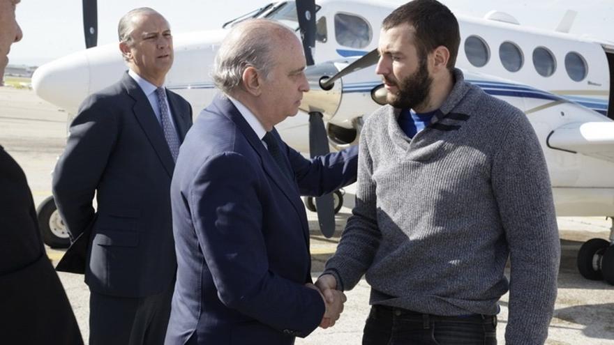 El PSOE pide al Gobierno un protocolo que aclare los criterios de rescates de españoles en el exterior