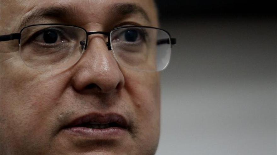 Ordenan detener a un general colombiano retirado por el crimen del político Galán