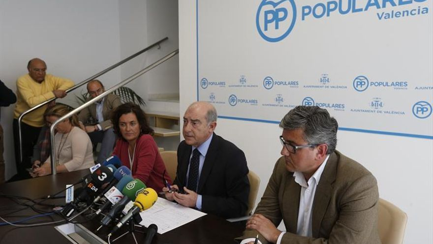Los concejales del PP en la comparecencia de Alfonso Novo, portavoz de los populares del Ayuntamiento