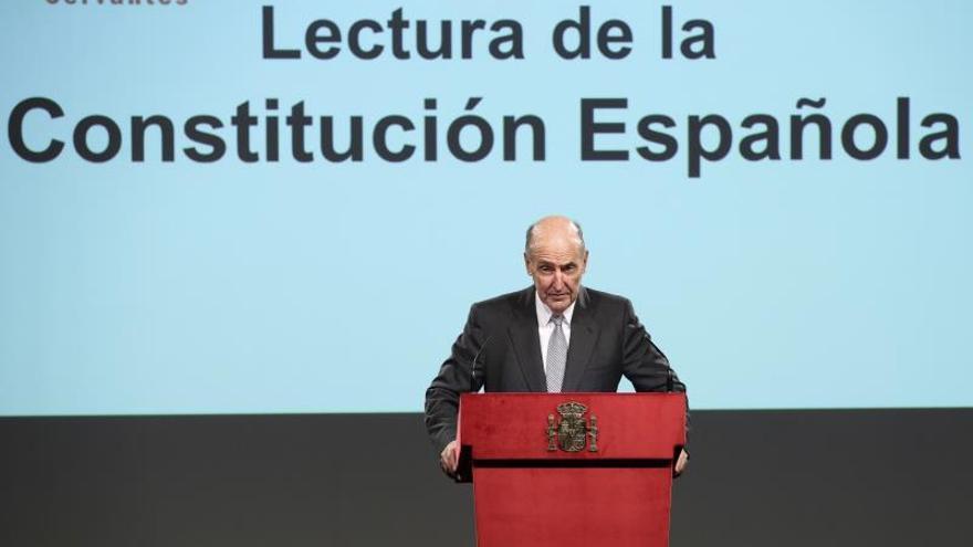 """Roca ve """"peligroso"""" reformar la Constitución sin un consenso con Cataluña"""