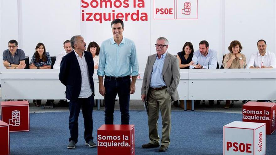 La Ejecutiva del PSOE decide hoy su voto en contra del techo de gasto