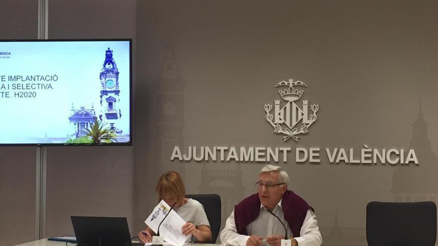 El alcalde de València, Joan Ribó, y la concejala de Medio Ambiente, Pilar Soriano