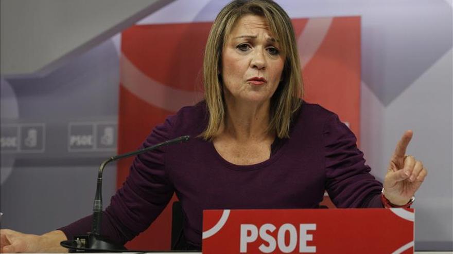 El PSOE insiste en usar parte del rescate bancario en estimular la economía real