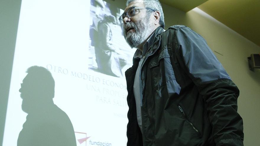 """Méndez (UGT) dice que no se suspenden partidos """"al buen tuntún"""" y pide confiar en decisiones de los Gobiernos"""