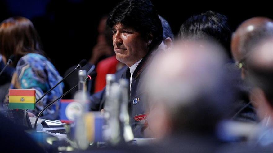 """Morales pide los """"hermanos de las FARC"""" que dejen las armas por la política"""