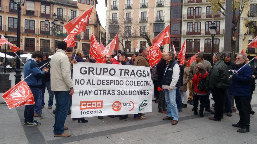 Concentración en contra del ERE de TRagsa en Toledo