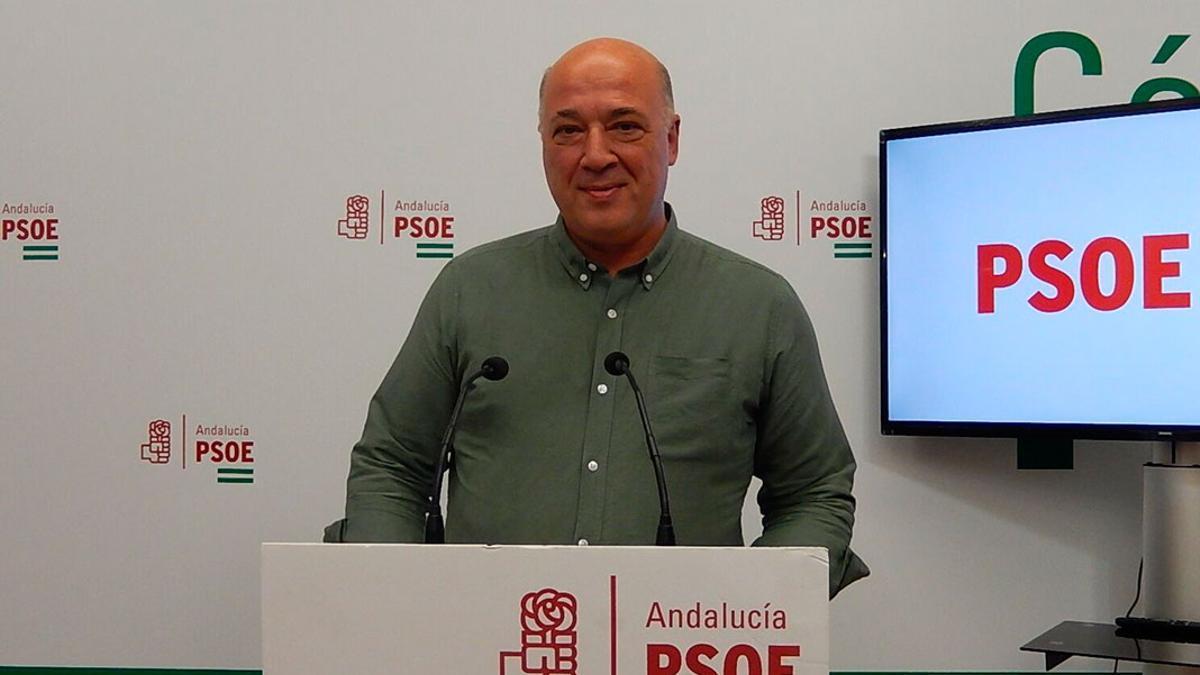 Antonio Ruiz, en la sede del PSOE.