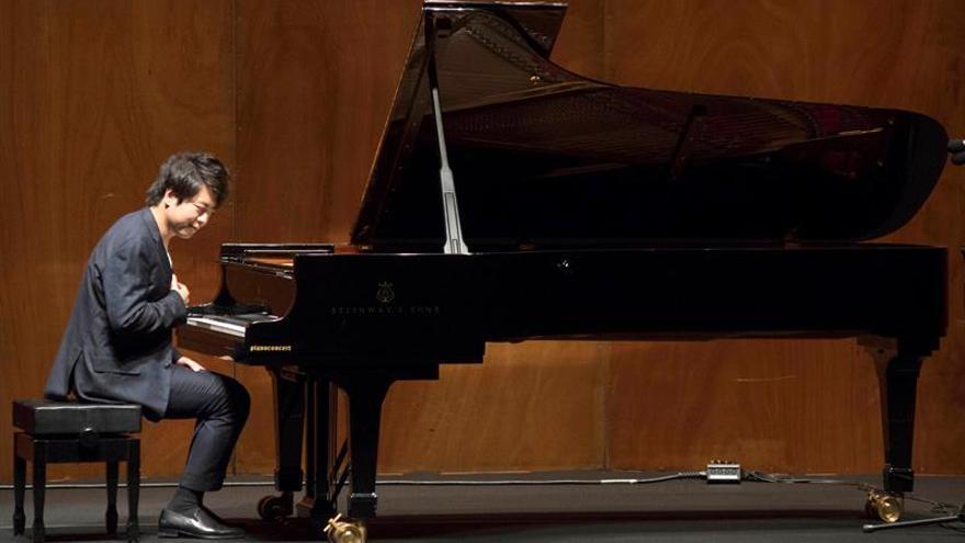 Una tendinitis obliga a Lang Lang a cancelar conciertos en Alemania y Asia