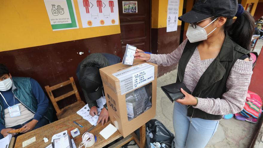 """La Misión de la OEA en Bolivia dice que la integración del TSE da """"garantía"""" a los comicios"""