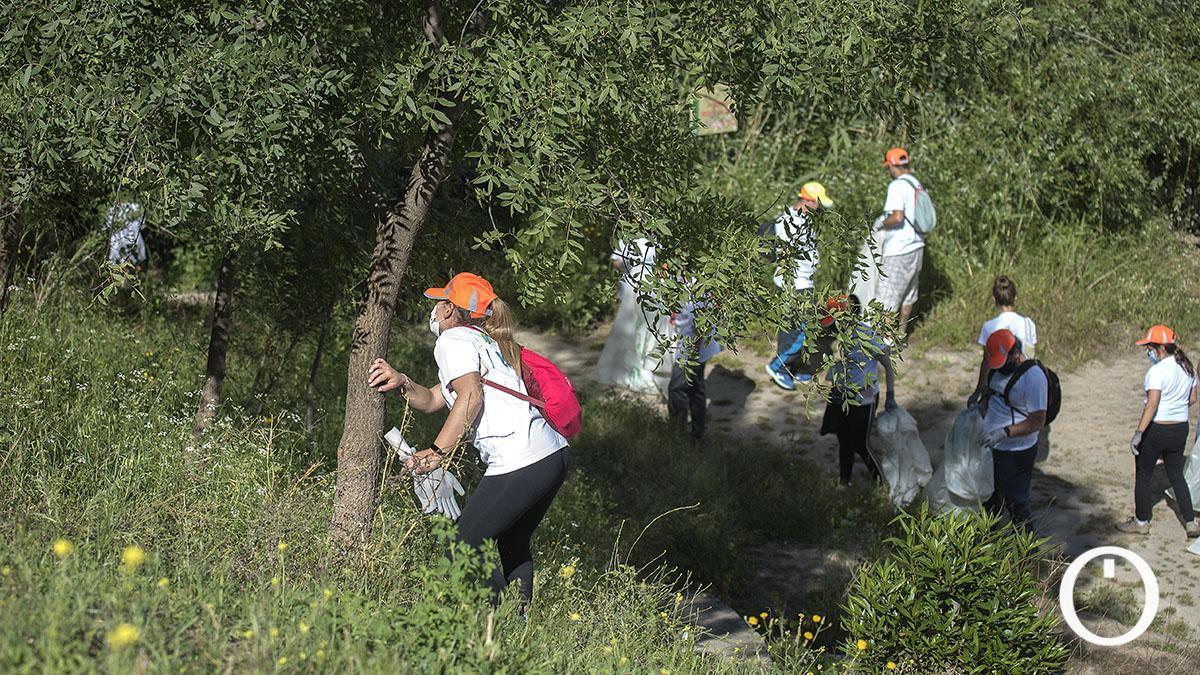 Limpieza del río Guadalquivir por parte de voluntarios