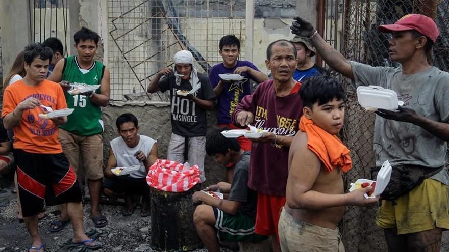 Al menos 3 muertos y 6.000 personas sin hogar por un incendio en Manila