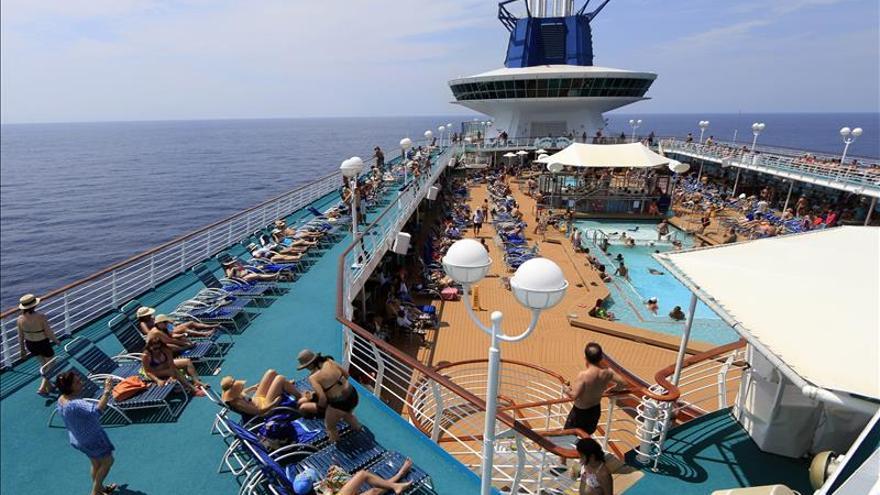 Pullmantur se consolida en el mercado del Caribe con el buque de cruceros Monarch
