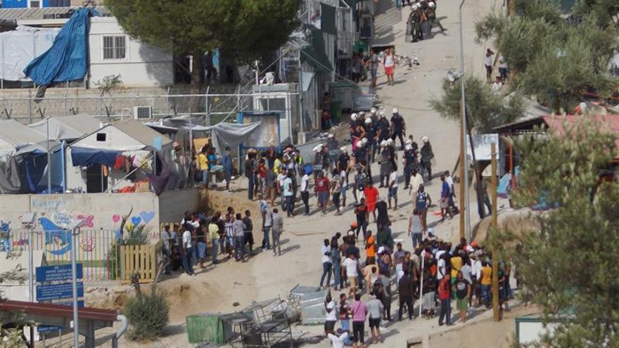 Un centenar de refugiados llegan a las islas griegas, 74 de ellos a Lesbos