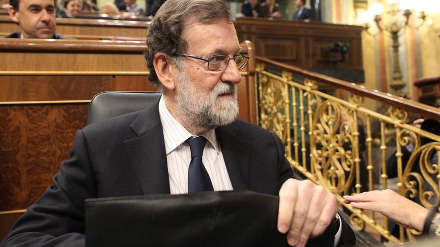 """Rajoy se abre a reformar Constitución cuando haya """"una idea clara"""" de para qué y no para """"contentar"""" a separatistas"""