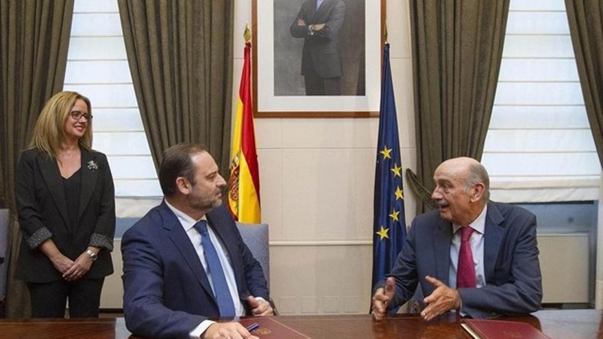 Ábalos y Mazón cerraron el acuerdo que ha permitido reeditar el bipartito en Cantabria.