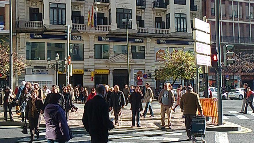 En rojo... Cruce de peatones San Vicente-Maria Cristina-Ayuntamiento.  Foto: David Estal.