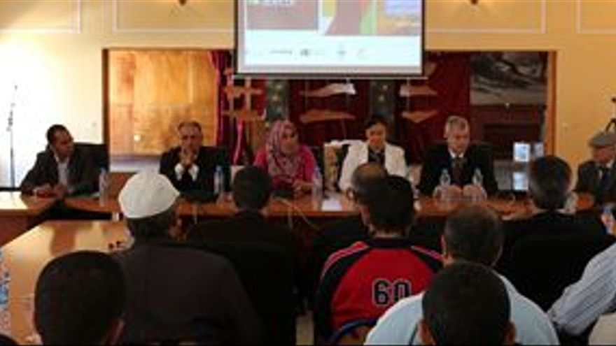 El modelo comercial canario 'se vende' en Sidi Ifni