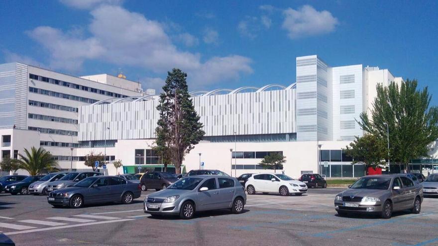 La visita de los arquitectos incluyó una parada en el Complejo Hospitalario.